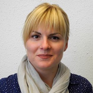 Kateryna Fokina macht eine Ausbildung zur Kauffrau für Büromanagement bei der Dr. Walser Dental
